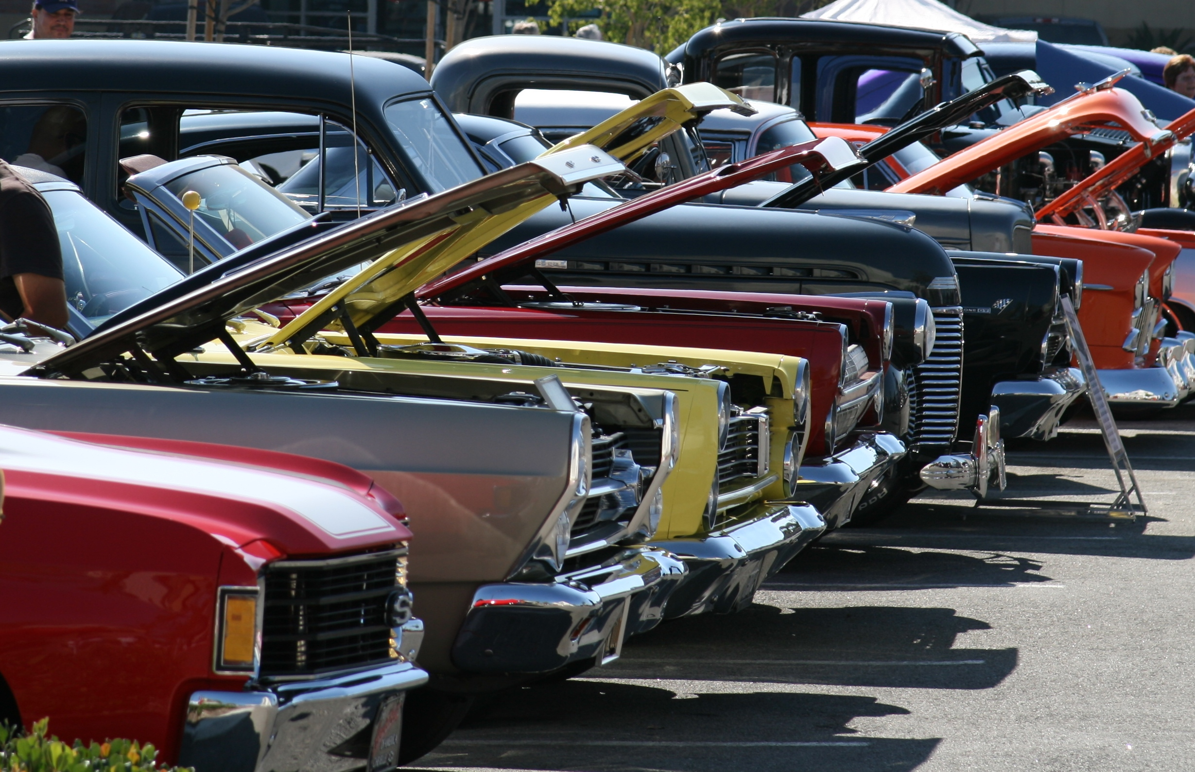 Classic Car Shows: Master Mechanic Erin Mills: Car Show & BBQ