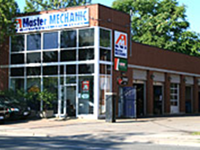 Master Mechanic Leaside